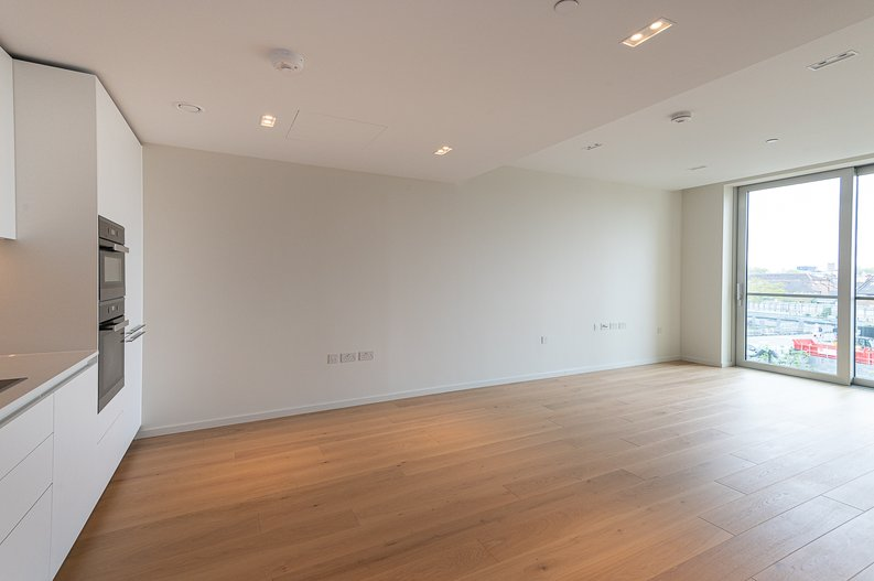 1 bedroom(s) apartment to sale in Lillie Square, Earls Court, London-image 1