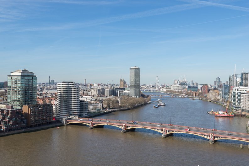 3 bedroom(s) apartment to sale in St George Wharf, Vauxhall, London-image 5