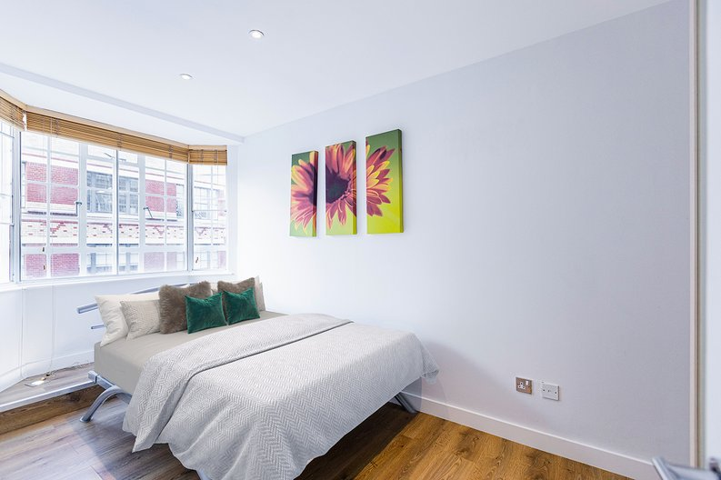 1 bedroom(s) apartment to sale in Chelsea Cloisters, Sloane Avenue, Chelsea-image 3