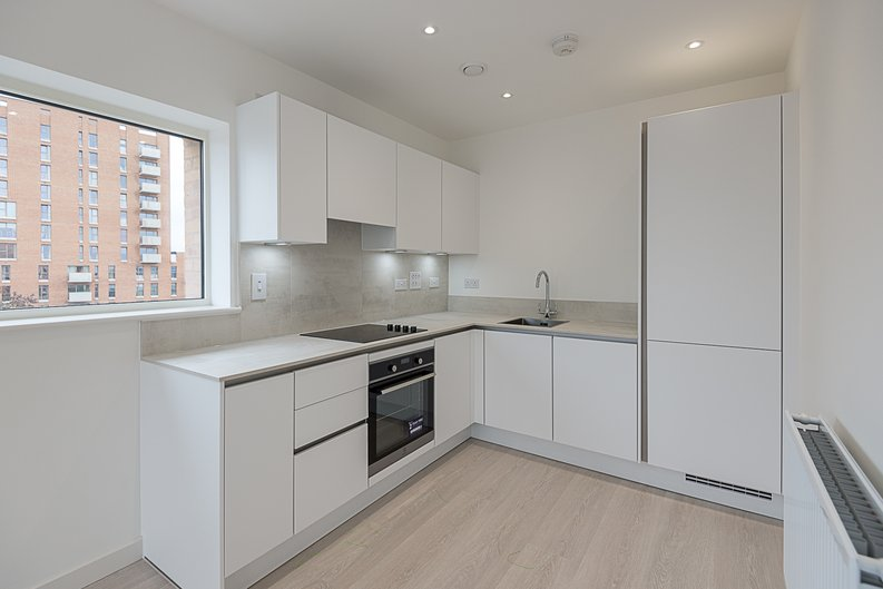 2 bedroom(s) apartment to sale in Starling Apartments,, Hendon Waterside-image 3