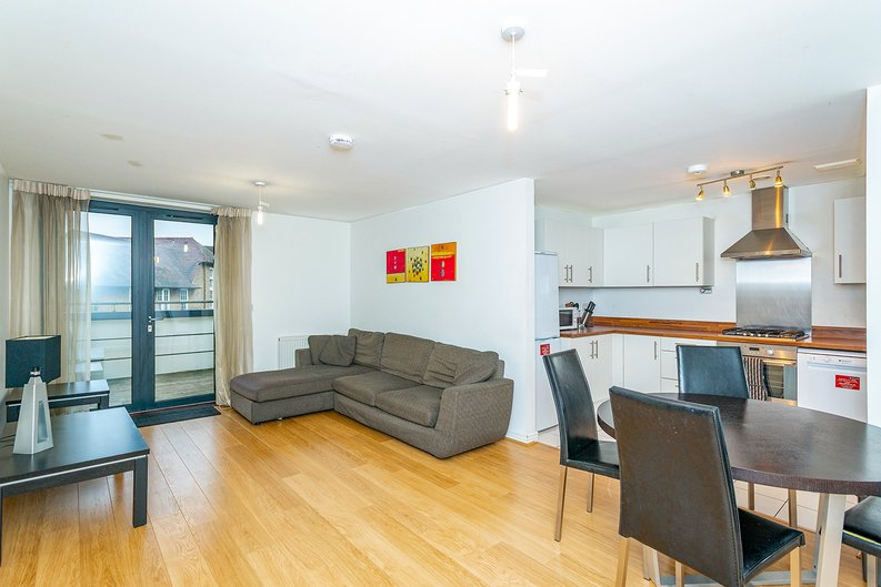 3 bedroom(s) apartment to sale in Annabel Close, Poplar, London-image 6