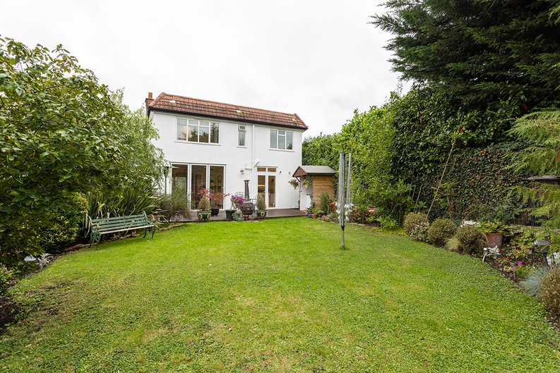 4 bedroom(s) house to sale in Hale Lane, Mill Hill, London-image 36