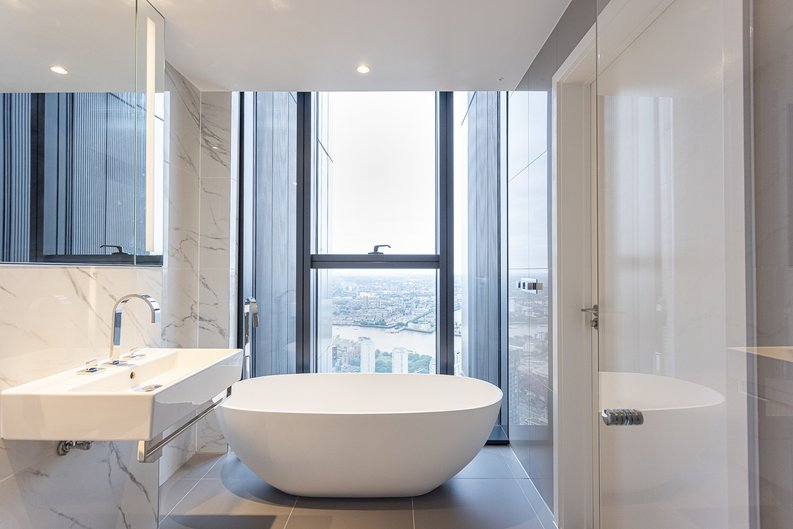 2 bedroom(s) apartment to sale in Marsh Wall, Canary Wharf, London-image 5