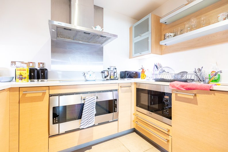3 bedroom(s) apartment to sale in Lensbury Avenue, Imperial Wharf, London-image 8