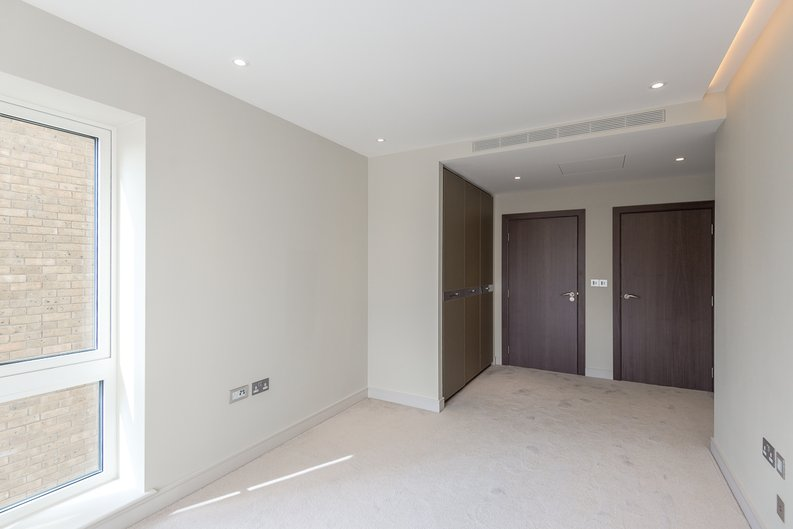 2 bedroom(s) apartment to sale in Brunswick House,, Fulham Reach, Hammersmith-image 5