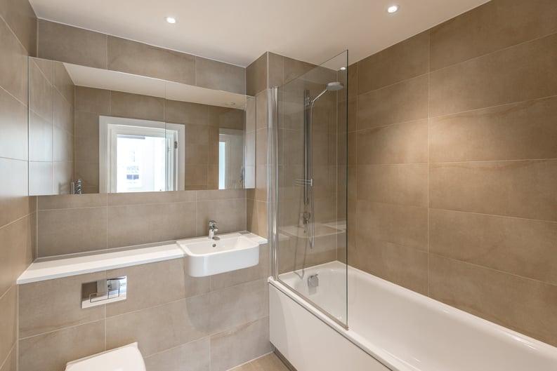 1 bedroom(s) apartment to sale in Havilland Mews, Shepherds Bush, London-image 4