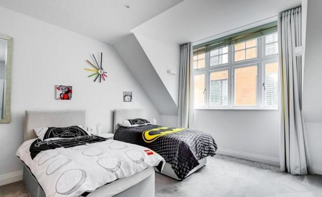 4 bedroom(s) apartment to sale in Kidderpore Avenue, Hampstead, London-image 13