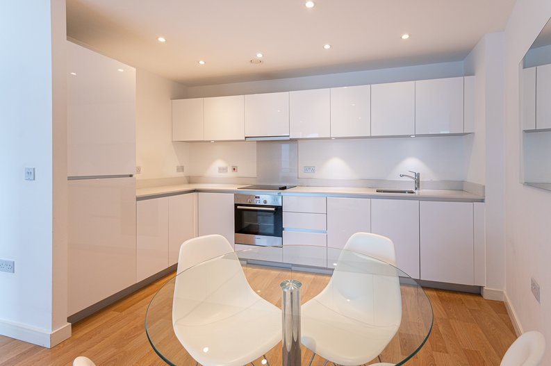 1 bedroom(s) apartment to sale in Waterside Apartments, Goodchild Road, Woodbury Down, London-image 2