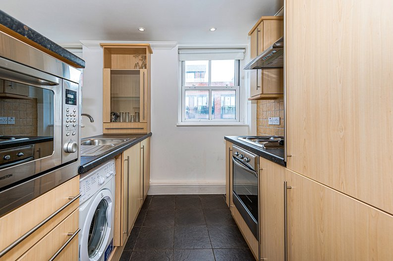 1 bedroom(s) apartment to sale in Earls Court Road, Earls Court, London-image 7
