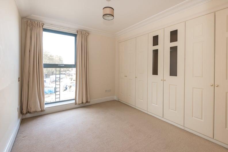 2 bedroom(s) apartment to sale in Chelsea Gate Apartments, 93 Ebury Bridge Road, Sloane Square-image 3