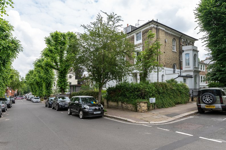 2 bedroom(s) apartment to sale in Thurlow Road, Hampstead, London-image 1