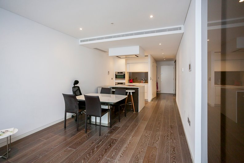 2 bedroom(s) apartment to sale in Marconi House, 335 Strand, London-image 8