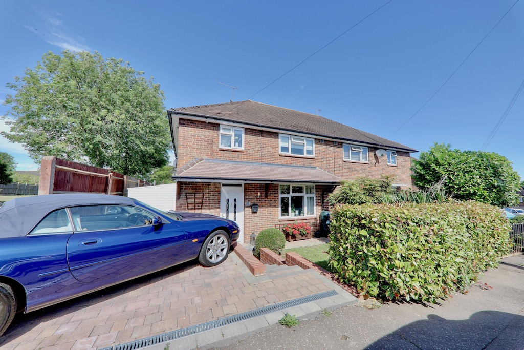 Mannock Drive, Loughton, Essex