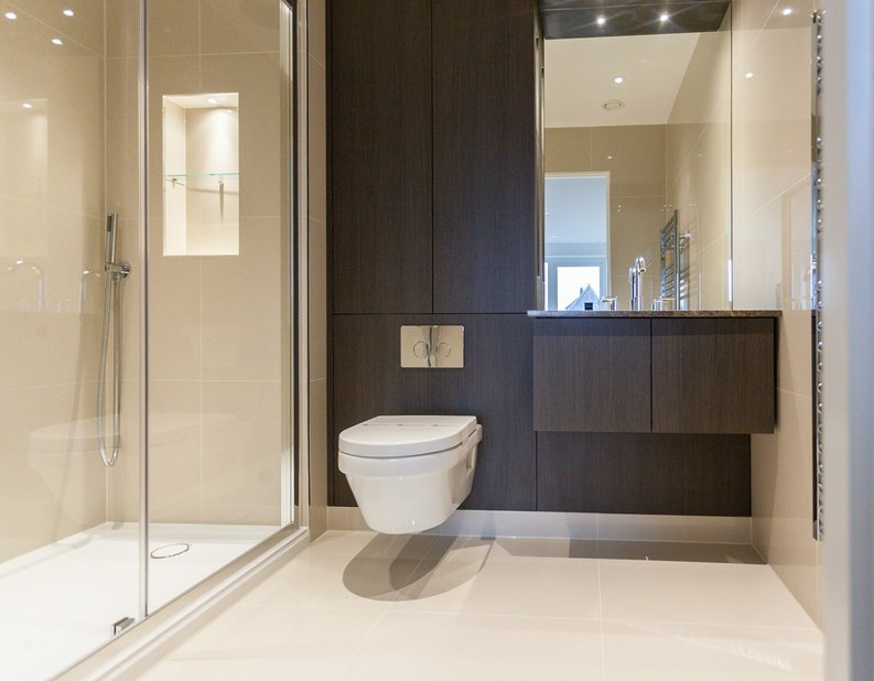 2 bedroom(s) apartment to sale in Quartz House, Dickens Yard, Ealing-image 7