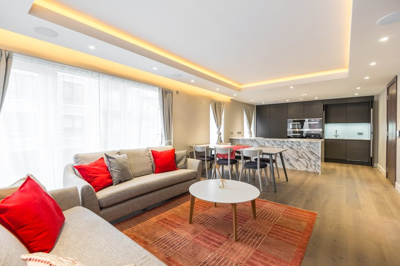 3 bedroom(s) apartment to sale in Brunswick House, Parr's Way, Fulham Reach, London-image 5