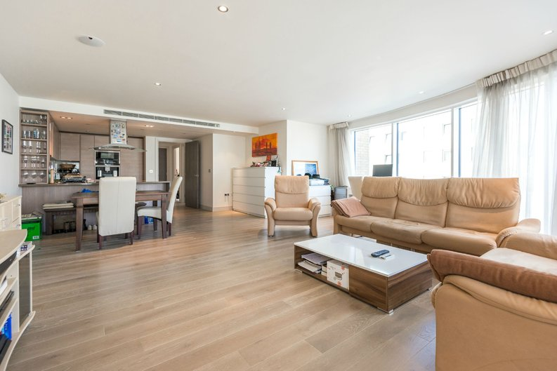 2 bedroom(s) apartment to sale in Octavia House, Imperial Wharf, Townmead Road-image 2