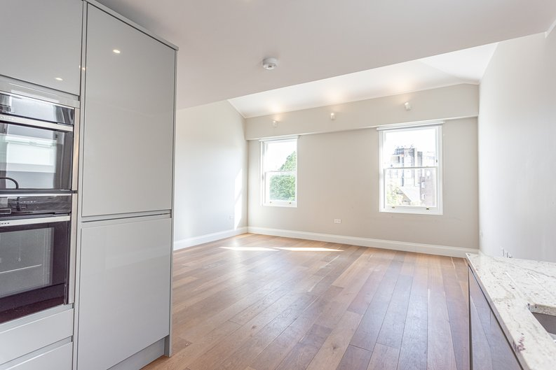 3 bedroom(s) apartment to sale in Greville Road, St. John's Wood Borders, London-image 10
