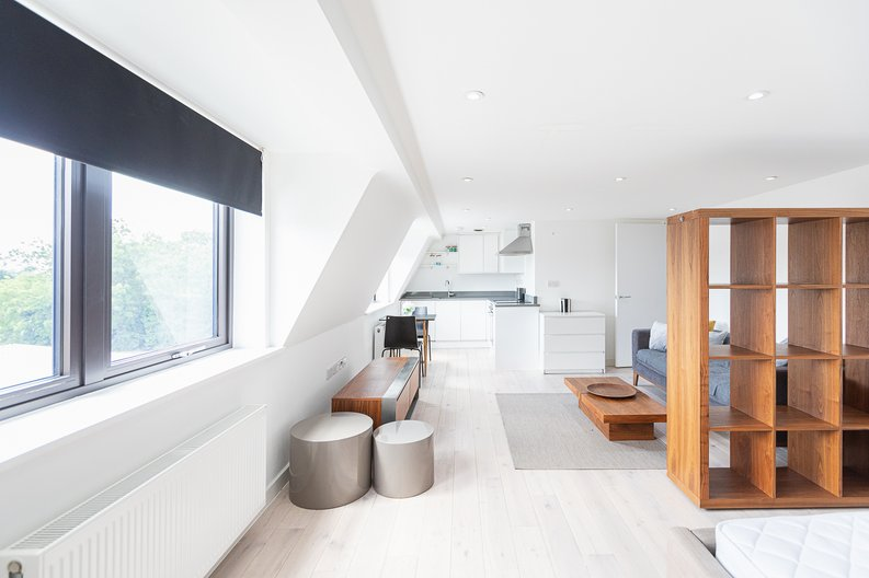Studio apartment to sale in Prospect House, 67 St John's Road, Hounslow, London-image 11