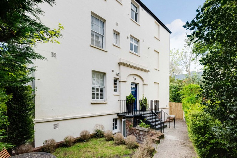 1 bedroom(s) apartment to sale in South End Road, Hampstead, London-image 12