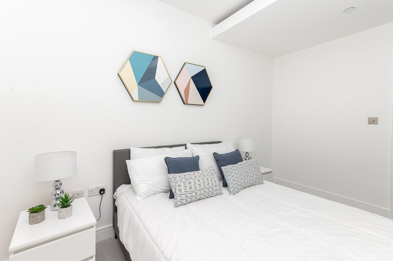 2 bedroom(s) apartment to sale in Glenthorne Road, Hammersmith, London-image 13
