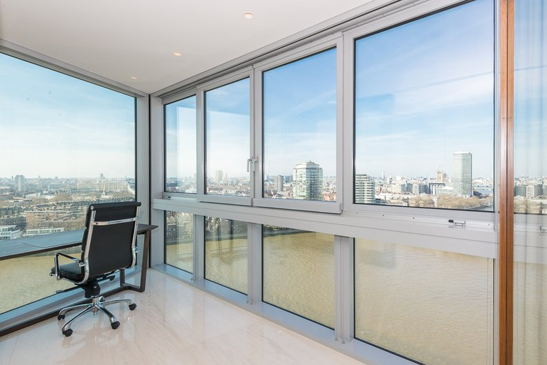 3 bedroom(s) apartment to sale in St George Wharf, Vauxhall, London-image 6