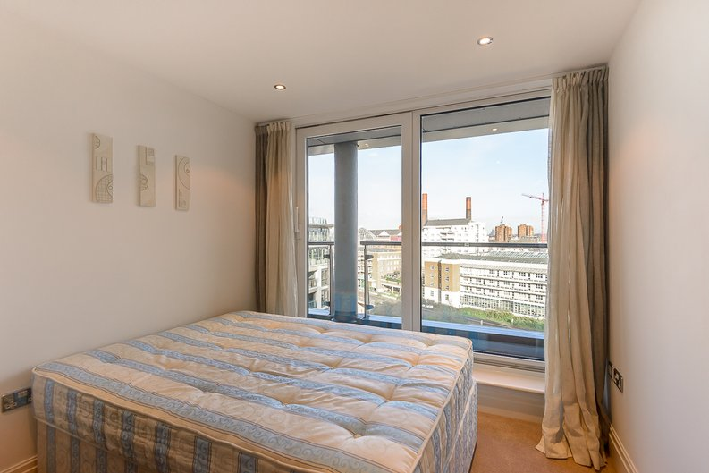 2 bedroom(s) apartment to sale in The Boulevard, Fulham, London-image 7