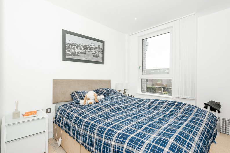 1 bedroom(s) apartment to sale in Aurora Point, 2 Winchester Square , Lewisham-image 4