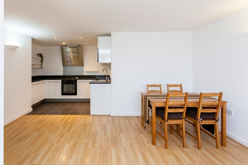 2 bedroom(s) apartment to sale in Building 50, Argyll Road, Royal Arsenal Riverside , London-image 9