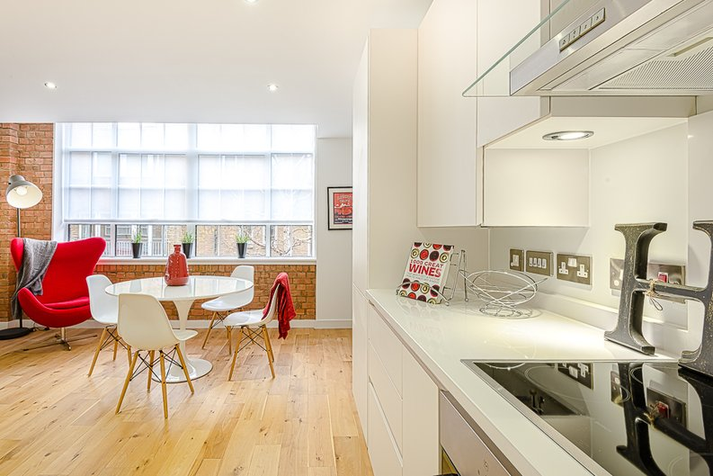 2 bedroom(s) apartment to sale in Rococco House, Princelet Street, Spitalfields-image 2