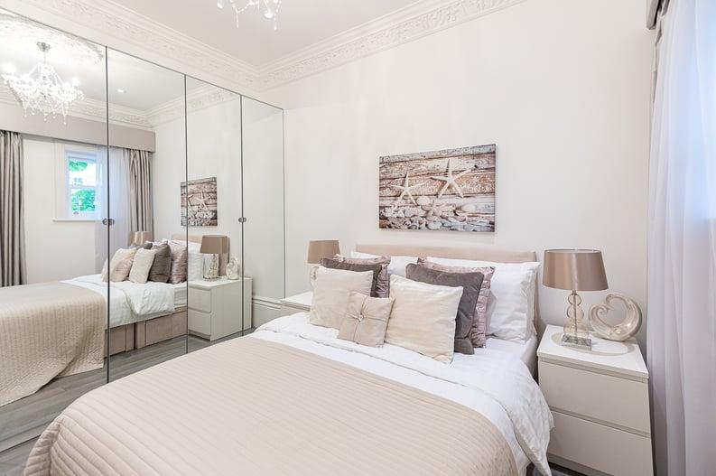 2 bedroom(s) apartment to sale in Belsize Park Gardens, Belsize Park, London-image 16