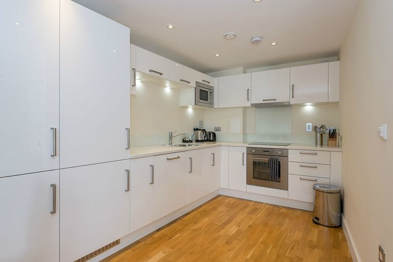 1 bedroom(s) apartment to sale in Arc House, 16 Maltby Street, London-image 3