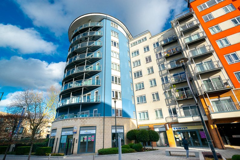 1 bedroom(s) apartment to sale in Arctic House, Heritage Avenue, Beaufort Park, Colindale-image 1