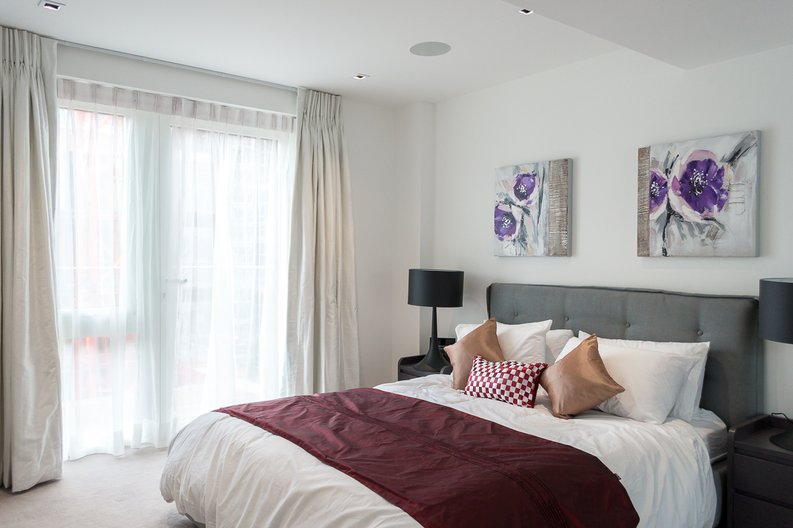 2 bedroom(s) apartment to sale in Provenance House, 8 Kew Bridge Road, Brentford-image 3