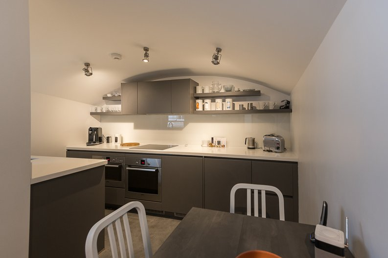 2 bedroom(s) house to sale in Queensberry Place, South Kensington-image 3