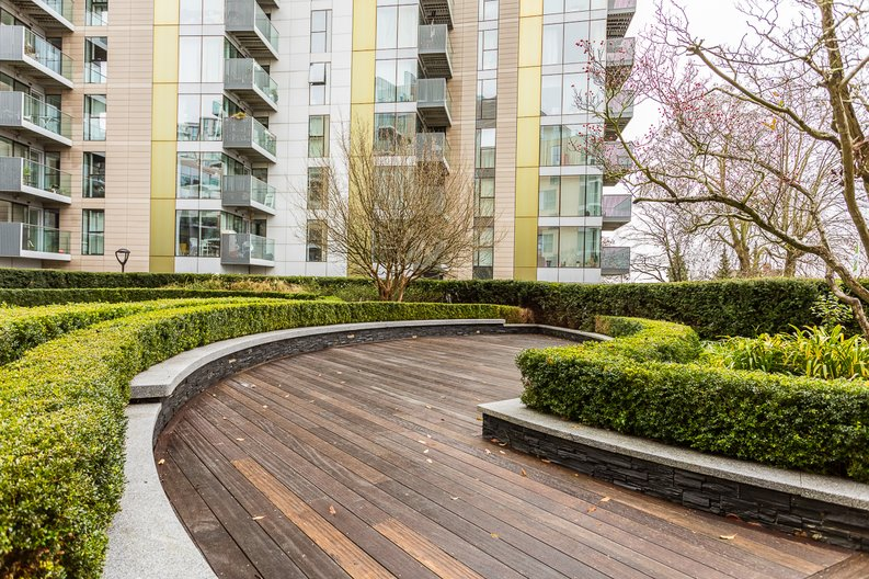 2 bedroom(s) apartment to sale in Waterside Apartments, Woodberry Down, Manor House-image 14