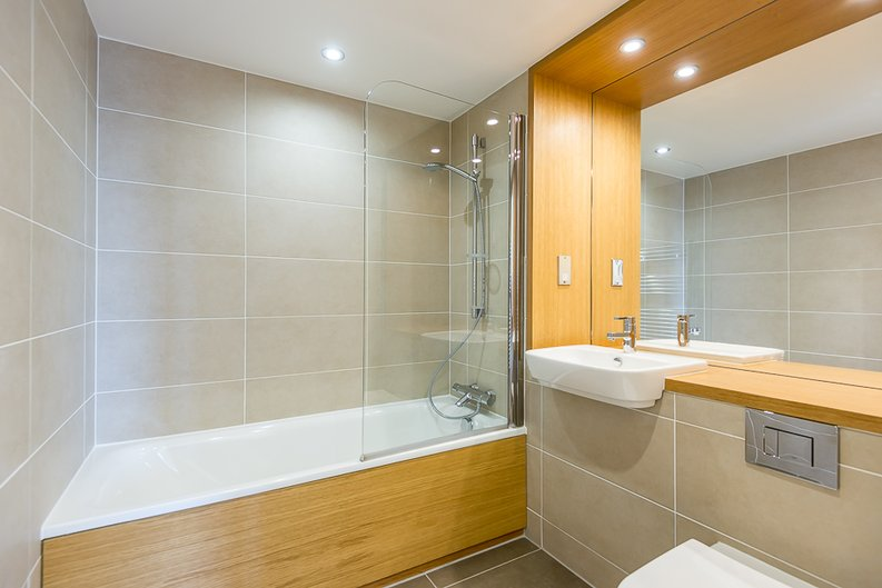 1 bedroom(s) apartment to sale in 30 Barking Road, Canning Town, London-image 4