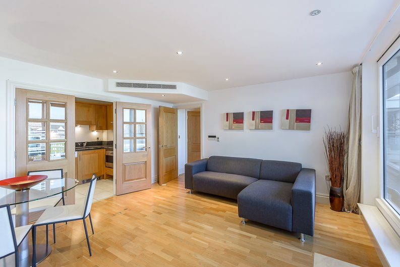 2 bedroom(s) apartment to sale in Regency House, The Boulevard, Imperial Wharf, Fulham-image 2