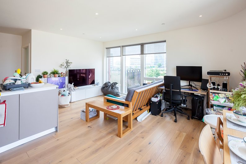 2 bedroom(s) apartment to sale in Tyger House, New Warren Lane, London-image 10