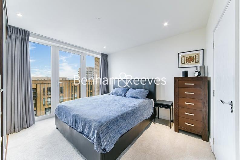 2 bedroom(s) apartment to sale in Moorhen Drive, Hendon, London-image 3