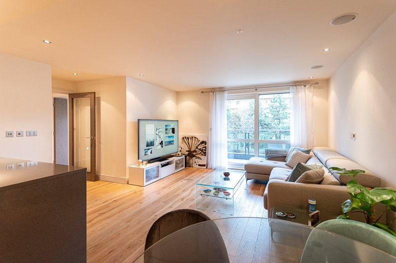 2 bedroom(s) apartment to sale in Doulton House, Park Street, Imperial Wharf, Fulham-image 8
