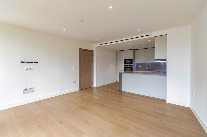 2 bedroom(s) apartment to sale in Vaughan Way, St Katherine's & Wapping, London-image 6