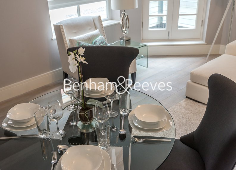 1 bedroom(s) apartment to sale in Clarges Mews, London-image 6