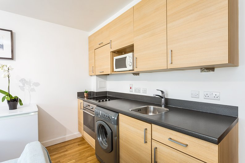 1 bedroom(s) apartment to sale in Battalion House, Heritage Avenue, Beaufort Park, Colindale-image 5