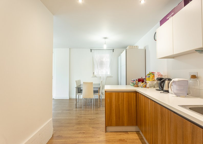 3 bedroom(s) apartment to sale in Sunflower Court, Seven Sisters Road, Finsbury Park, London-image 3