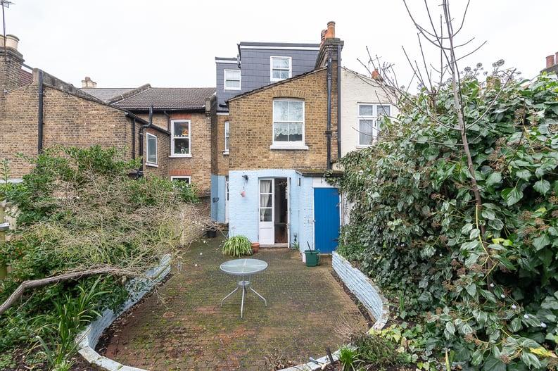 5 bedroom(s) house to sale in Endsleigh Road, West Ealing-image 7