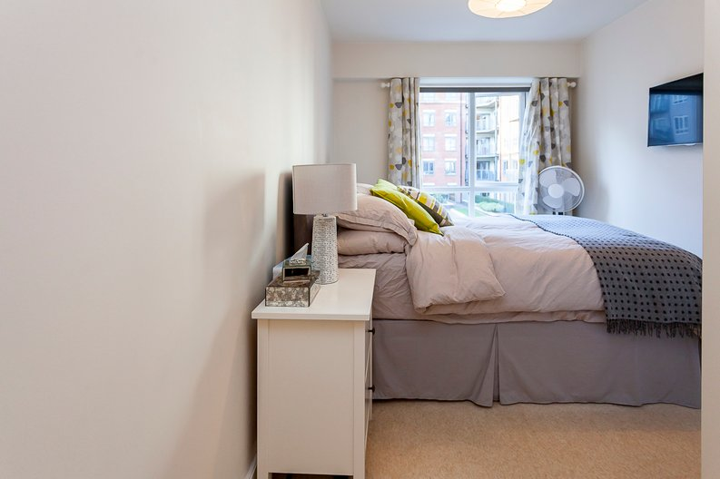 2 bedroom(s) apartment to sale in Eldon House, Aerodrome Road, Beaufort Park, Colindale-image 7