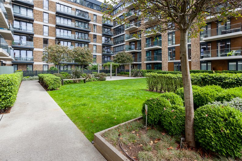 1 bedroom(s) apartment to sale in Drummond House, Victory Parade, Woolwich, London-image 15