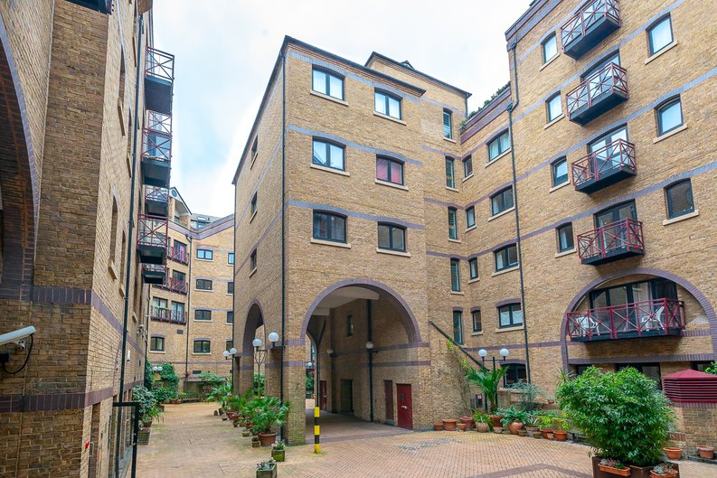 2 bedroom(s) apartment to sale in Scotts Sufferance Wharf, 5 Mill Street, Bermondsey-image 12