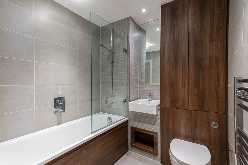 1 bedroom(s) apartment to sale in Waterside Apartments, Goodchild Road, Woodbury Down, London-image 4