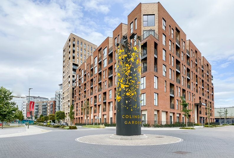 2 bedroom(s) apartment to sale in Maple House, 45 Lismore Boulevard, London-image 1